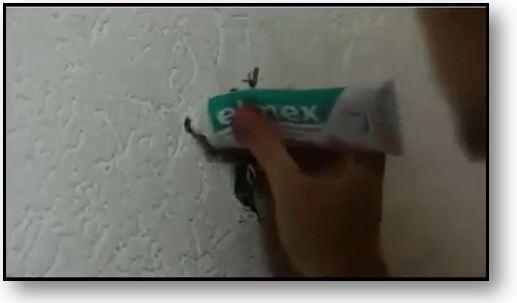Comment réparer un petit trou dans le mur